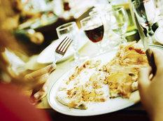 """Restoranlarda iştah qaçıran qiymətlər - <span class=""""color_red"""">VİDEO - FOTO</span>"""