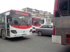"""Bakının """"aşsüzən"""" avtobusları - FOTO"""