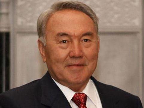 Nazarbayevə Türk Şurasının fəxri prezidenti statusu verildi