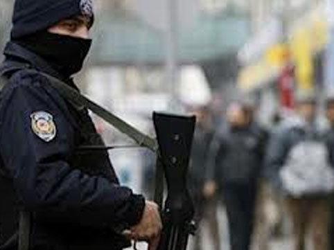 """İstanbulda antiterror əməliyyatı: <span class=""""color_red"""">8 İŞİD-çi saxlanıldı</span>"""