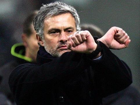 "Mourinyo açıqladı: <span class=""color_red"">geri dönür</span>"