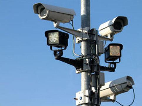 """Radarlar avtomobilinizin sürətini neçə metrdən - <span class=""""color_red""""> ÖLÇƏ BİLİR?</span>"""