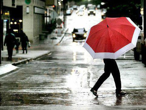 """Temperatur düşür - <span class=""""color_red"""">Sabah intensiv yağış yağacaq</span>"""