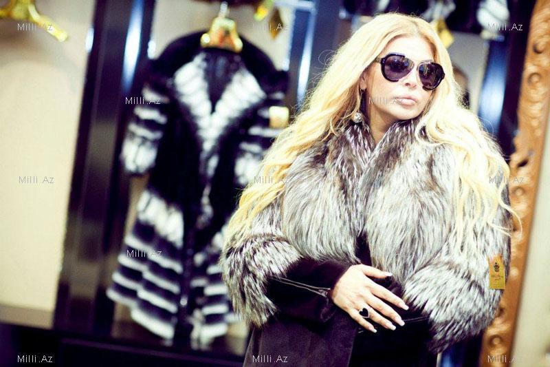 """41 yaşlı """"Milli Beyonce"""" əslində kimdir? - FOTOSESSİYA"""