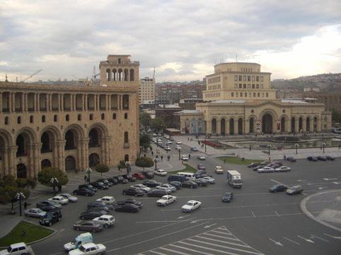 Geosiyasi iflas: təzyiqlər altında çapalayan Ermənistan